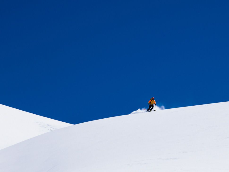 Heli-Skiing-Gear-Patrol-Slide-9