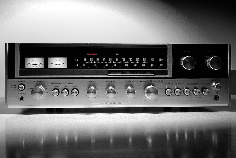 Sansui 9010 Stereo Receiver (1974) All Rights Reserved
