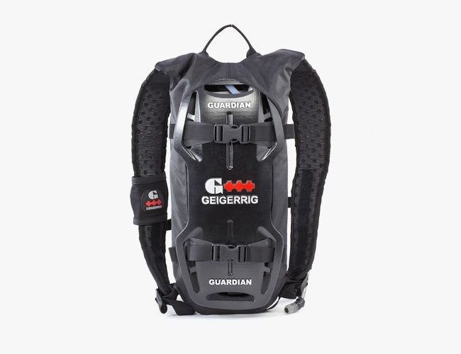 hydration-packs-gear-patrol-geig