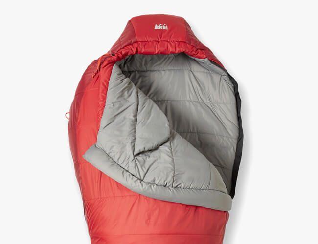 sleeping-bags-gear-patrol-rei