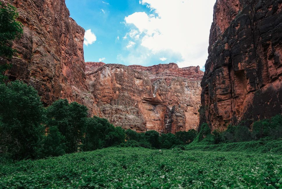 Guiding-in-The-Grand-Canyon-Gear-Patrol-Slide-5