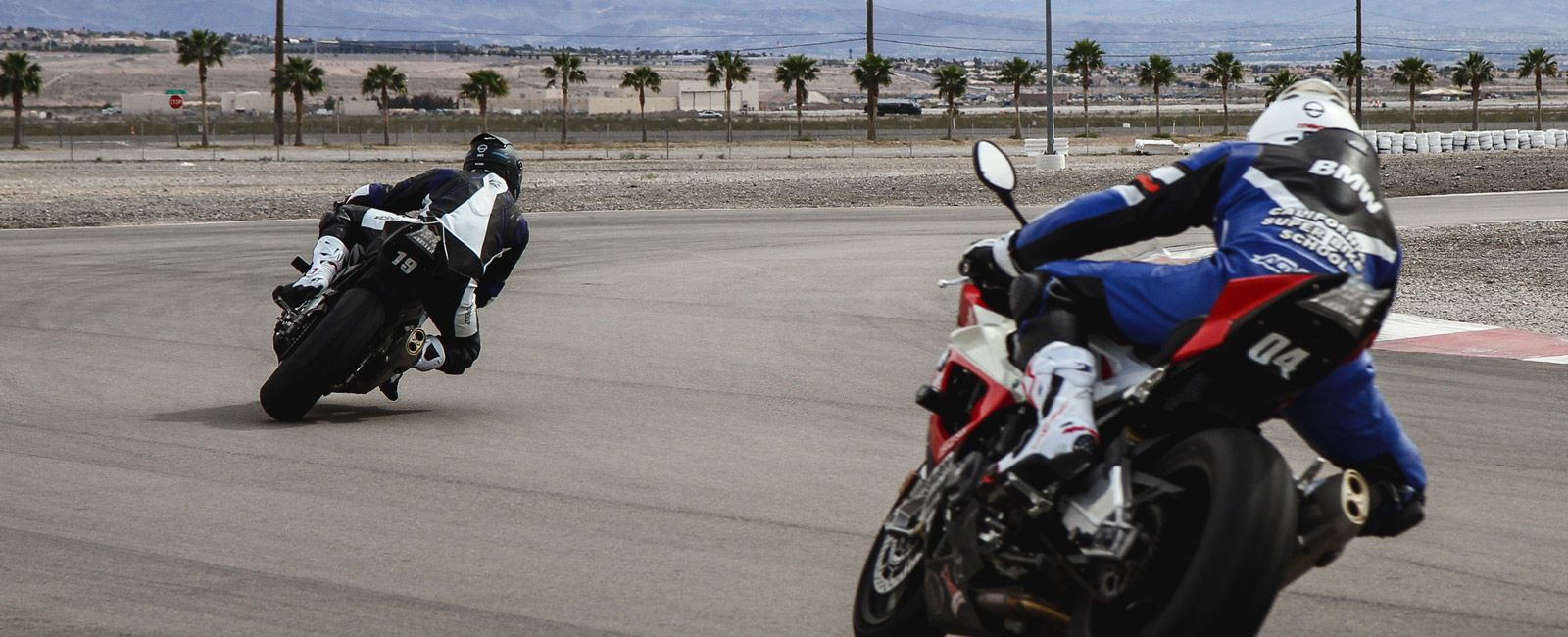 Superbike-School-Gear-Patrol-Ambiance-2