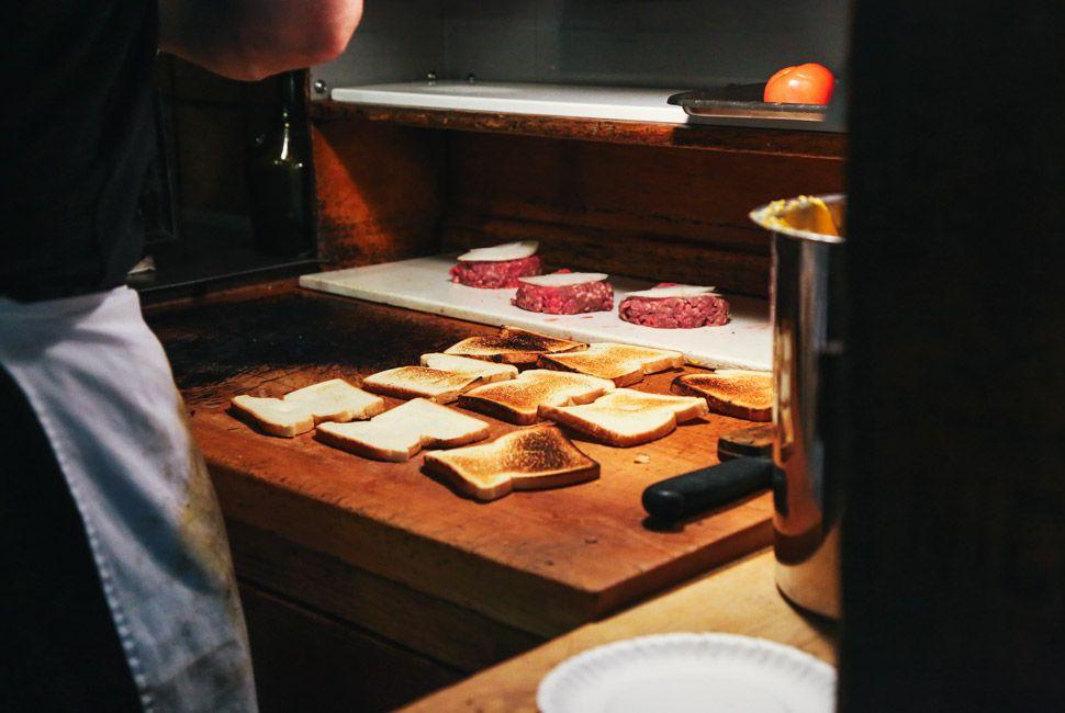Louis-Lunch-Gear-Patrol-Slide-11