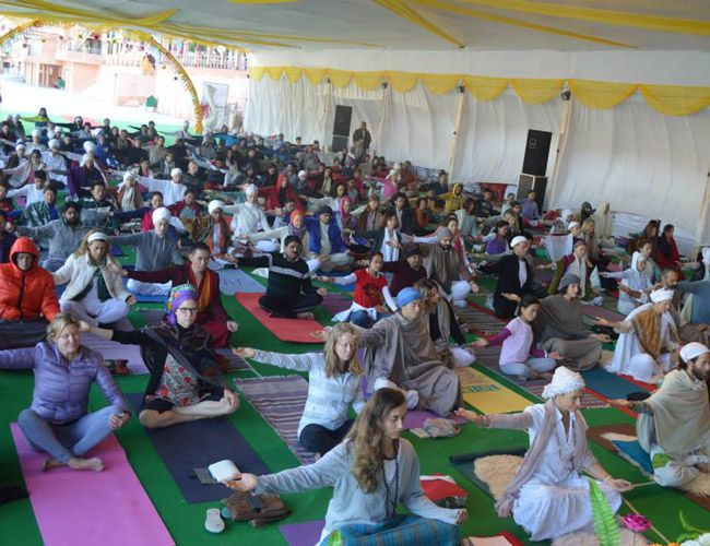 International-Yoga-Festival-Gear-Patrol
