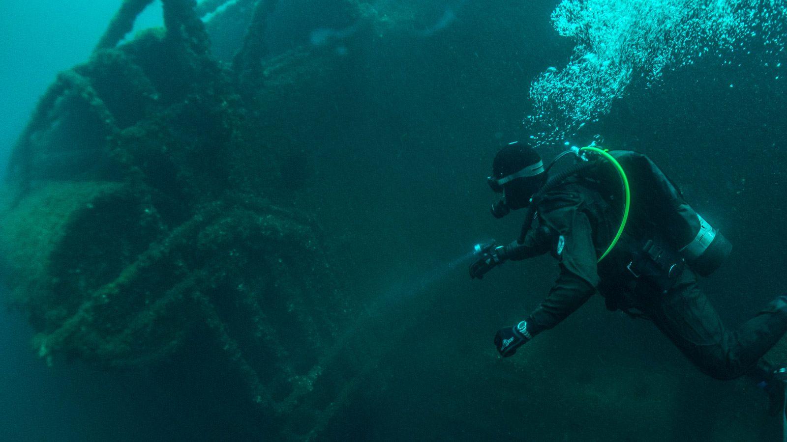 Tudor-Great-Lakes-Diving-Gear-Patrol-Hero