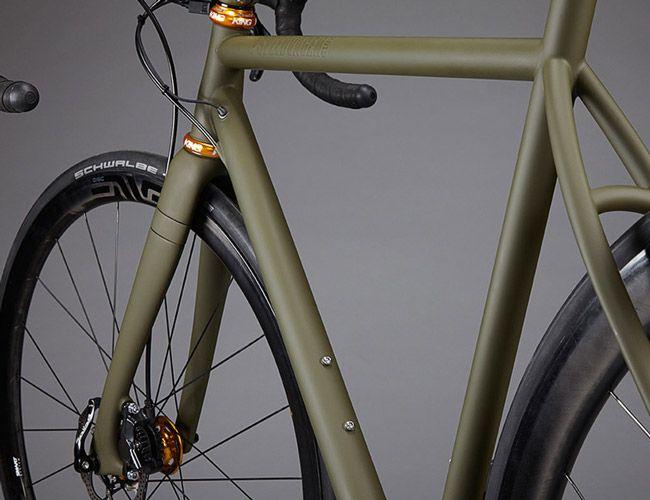 Steel-Bike-Makers-Gear-Patrol-Lead