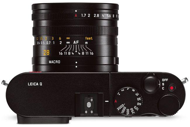 Leica-Q-GP100-Gear-Patrol-Ambiance