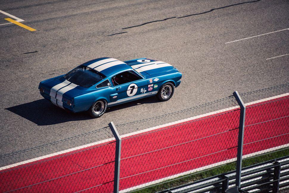 Vintage-Car-Racing-Gear-Patrol-Slide-13