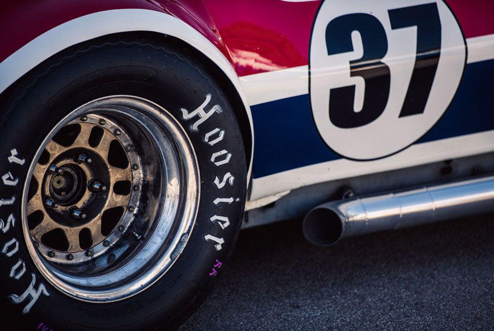 Vintage-Car-Racing-Gear-Patrol-Slide-7
