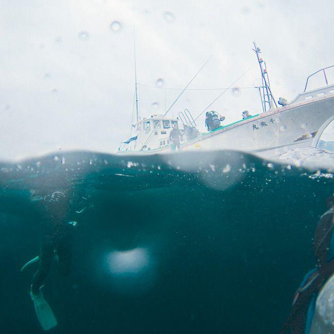 Diving-Japan-Gear-Patrol-Ambiance