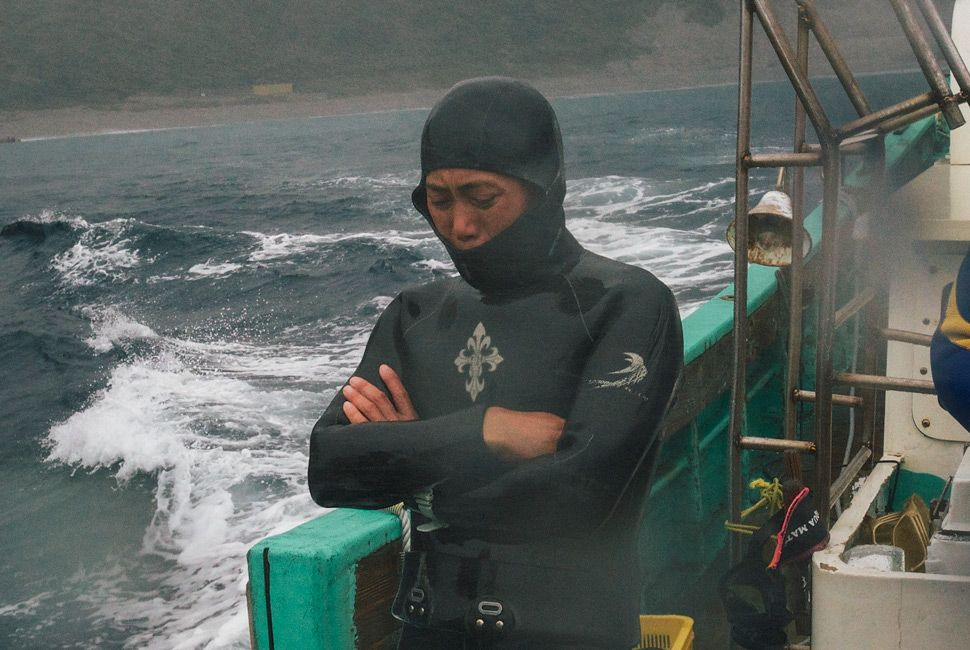 Diving-Japan-Gear-Patrol-Slide-7