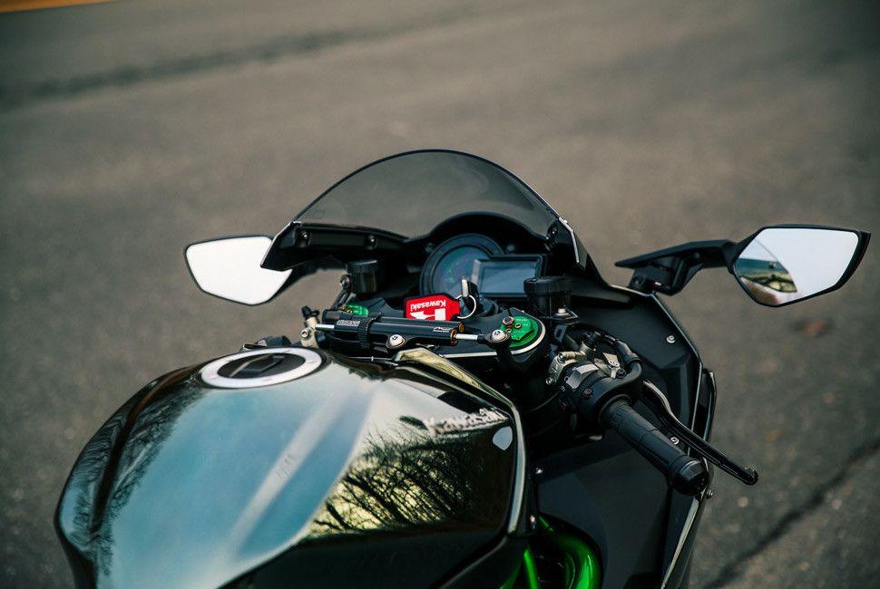 Kawasaki-H2-Gear-Patrol-Slide-10