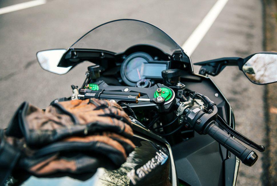 Kawasaki-H2-Gear-Patrol-Slide-3