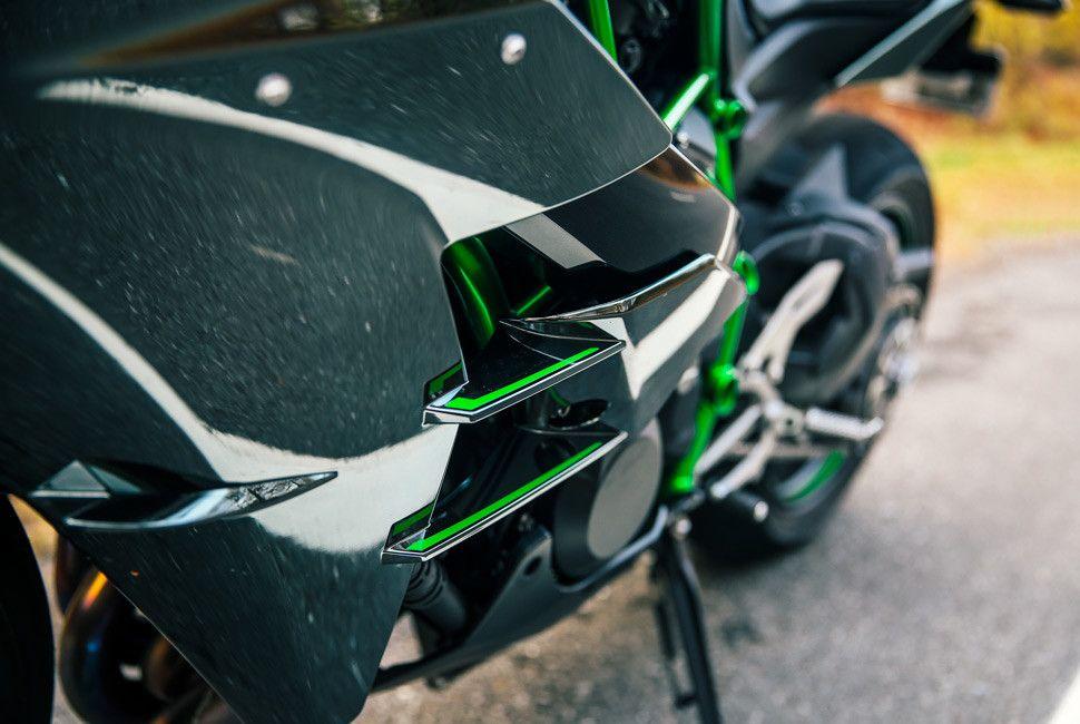 Kawasaki-H2-Gear-Patrol-Slide-4