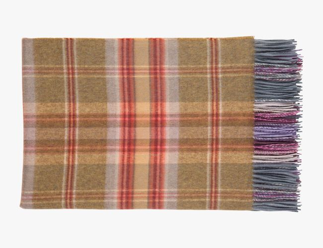 wool-blankets-gear-patrol-johnston-of-elgin