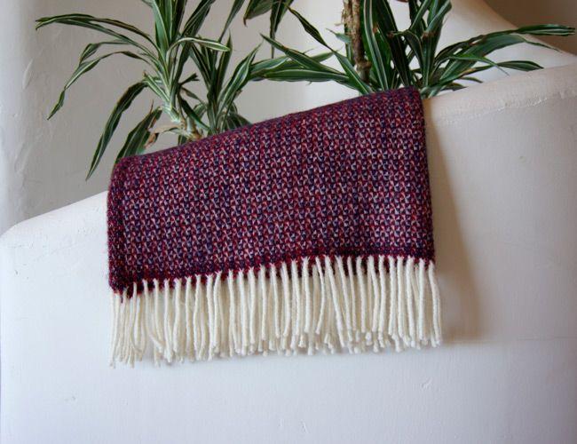 wool-blankets-gear-patrol-perf-