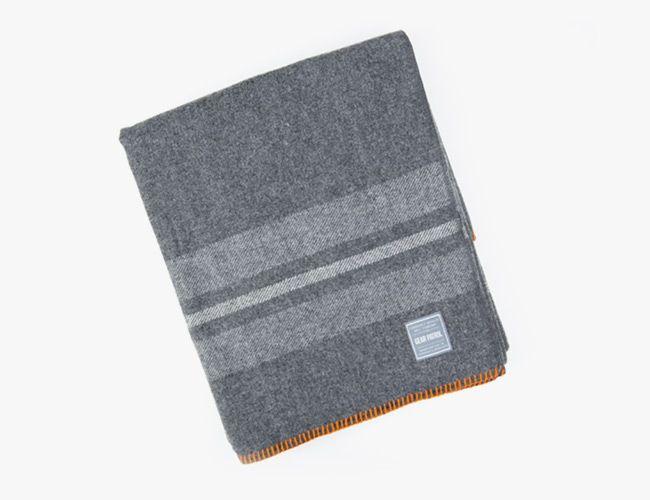 wool-blankets-gear-patrol