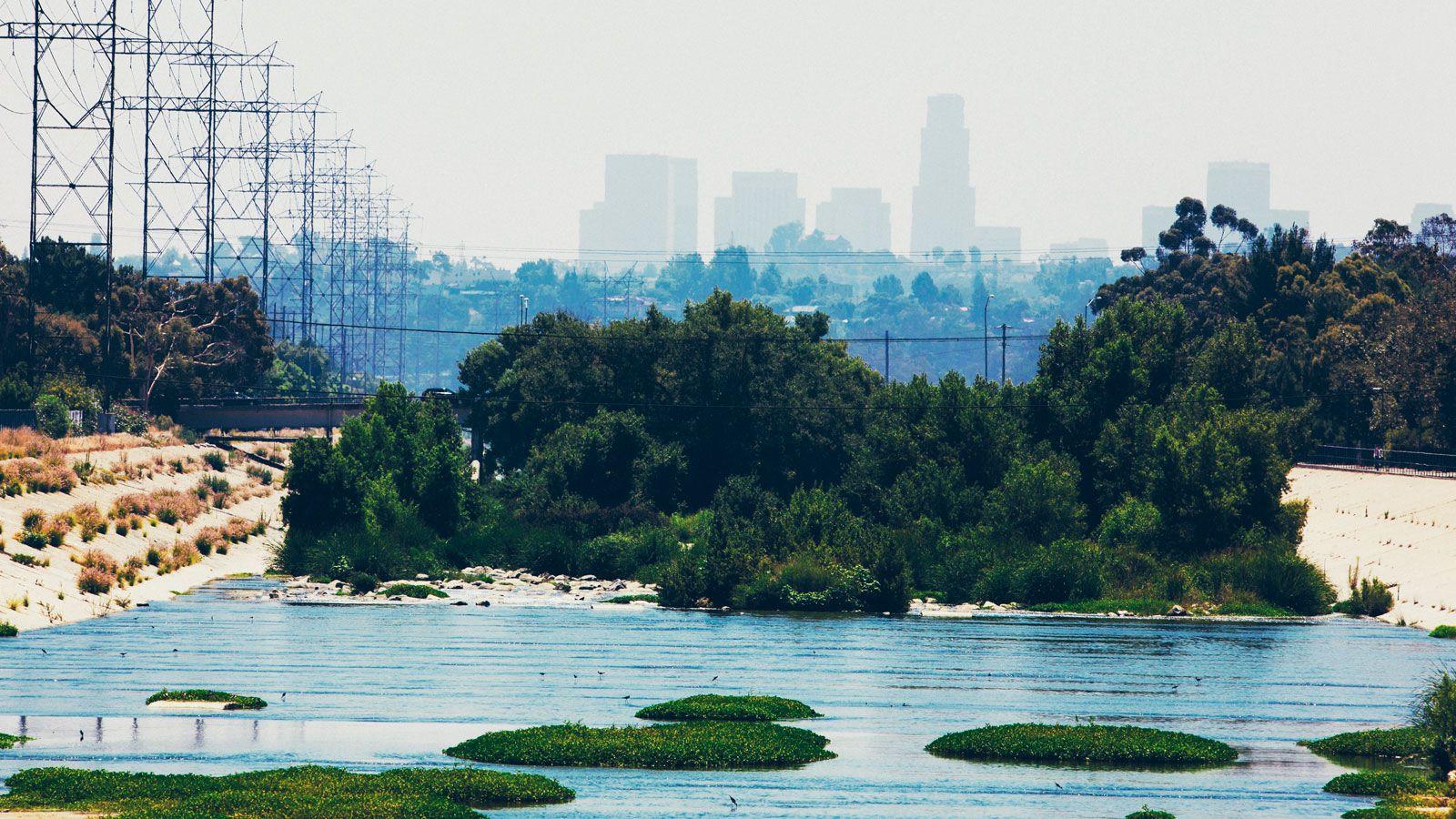 Kayaking-LA-River-Gear-Patrol-inline-1600