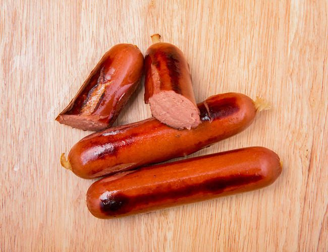 Sausages-RoundUp-GearPatrol-Frankfurter-2