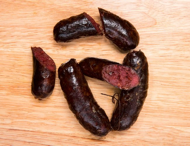 Sausages-RoundUp-GearPatrol-Morcilla-2