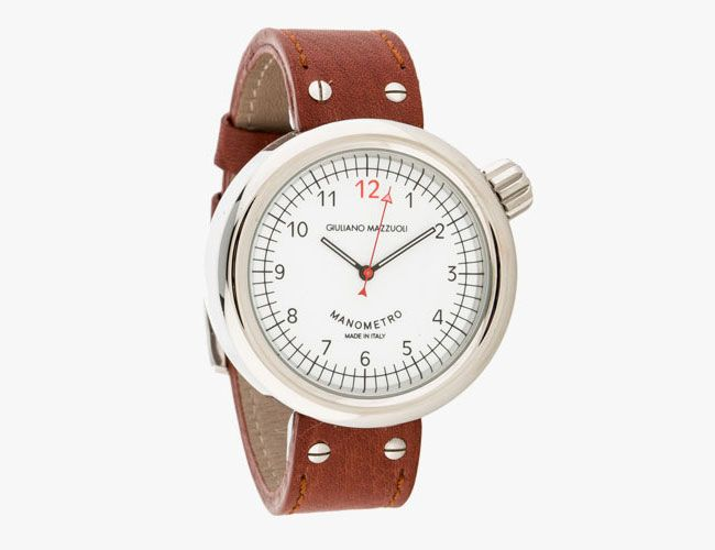 track-watch-gear-patrol-mazzuoli-2