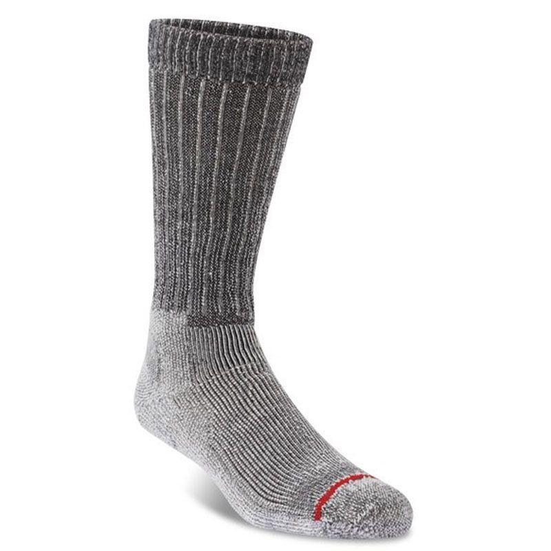 winter-essential-2-gear-patrol-fits-socks