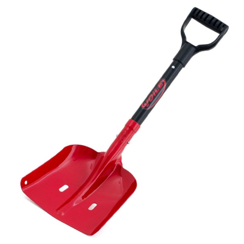 winter-essential-2-gear-patrol-shovel