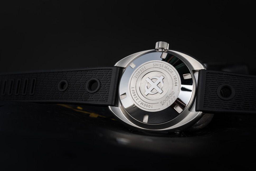 Zodiac-Super-Sea-Wolf-Gear-Patrol-Slider-3