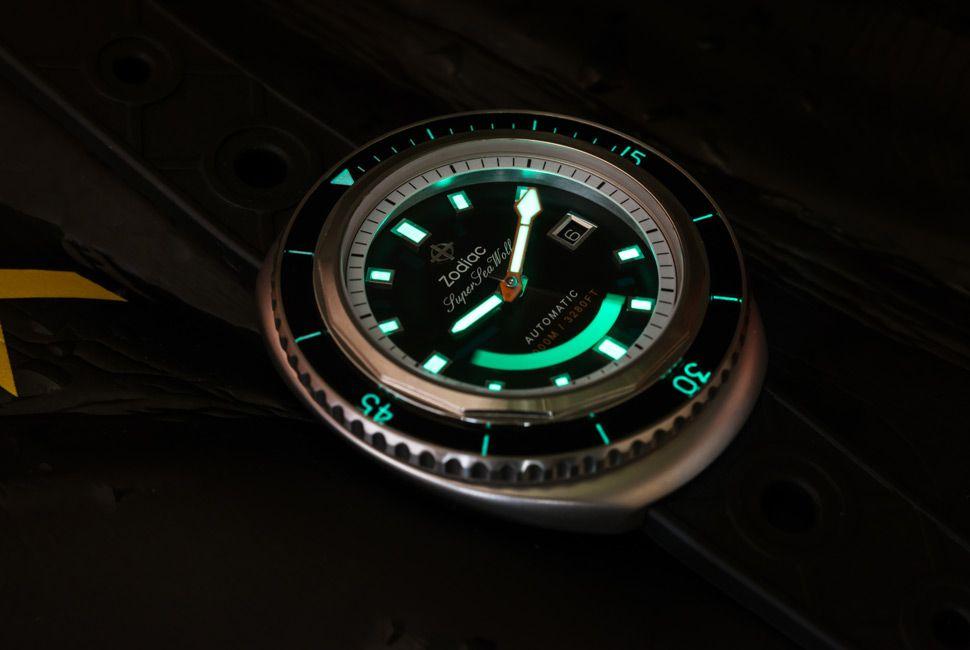 Zodiac-Super-Sea-Wolf-Gear-Patrol-Slider-4