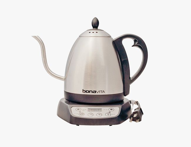 better-coffee-at-home-gear-patrol-kettle
