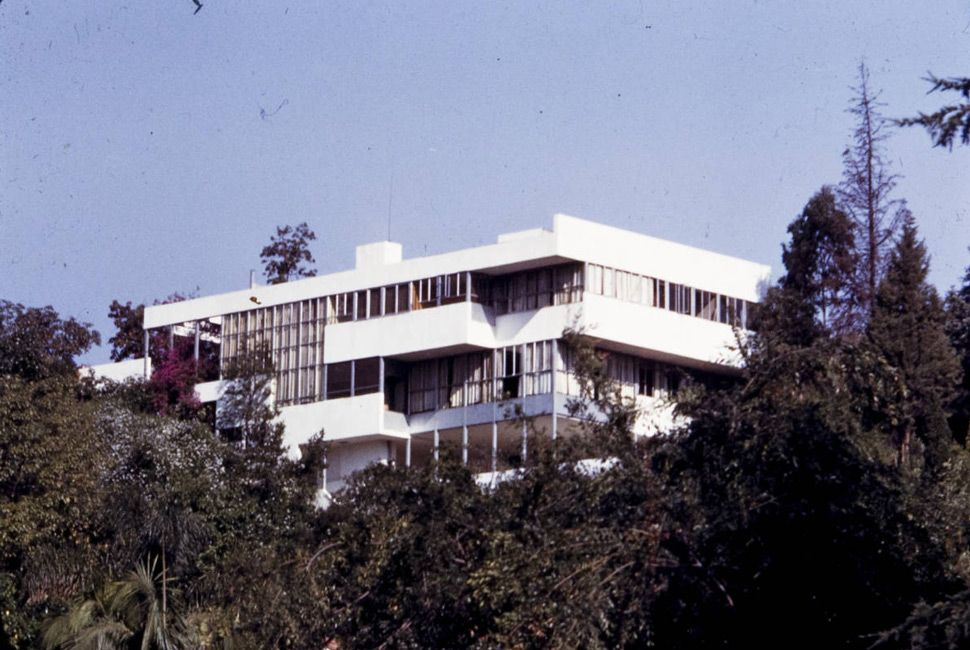 The Health House in Los Angeles, 1928. Designed by Richard Neutra.