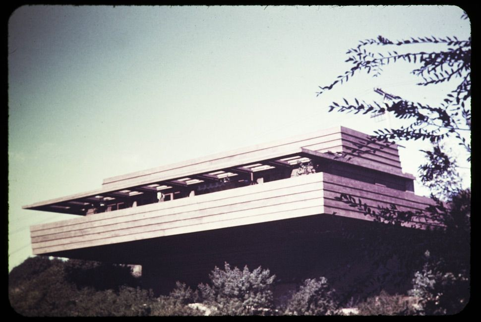 Sturges residence, 1938. Designed by Frank Lloyd Wright.