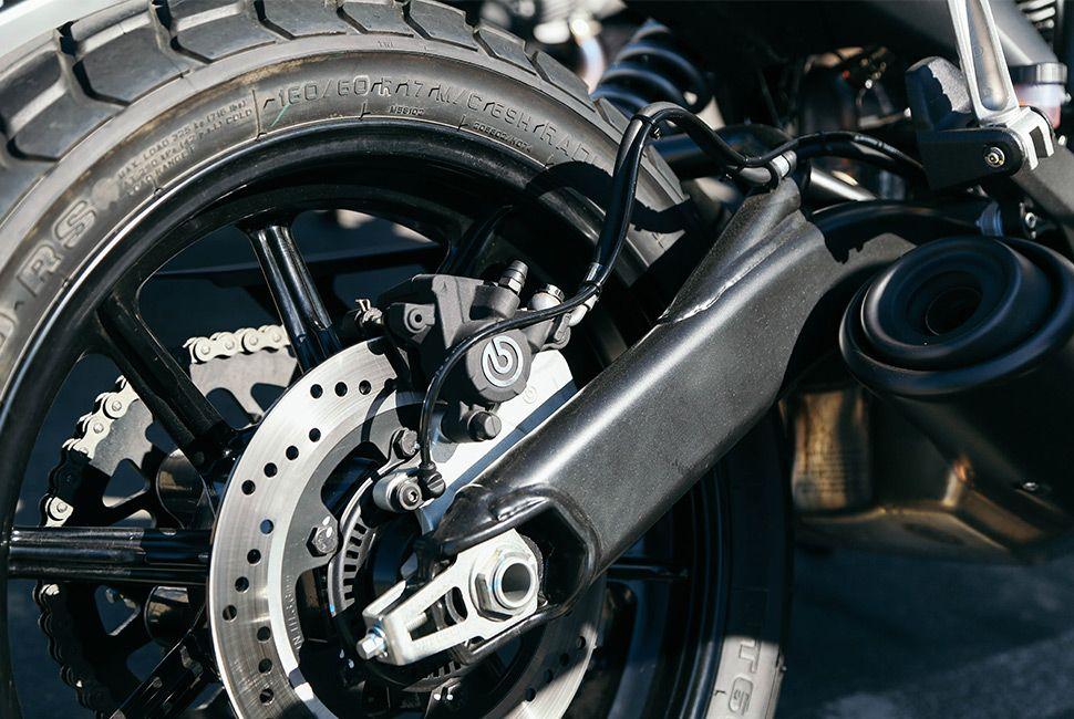 ducati-scrambler-sixty2-gear-patrol-slide-4