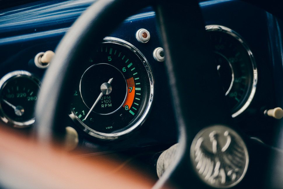 Emory-Porsche-Drive-Gear-Patrol-Slide-10