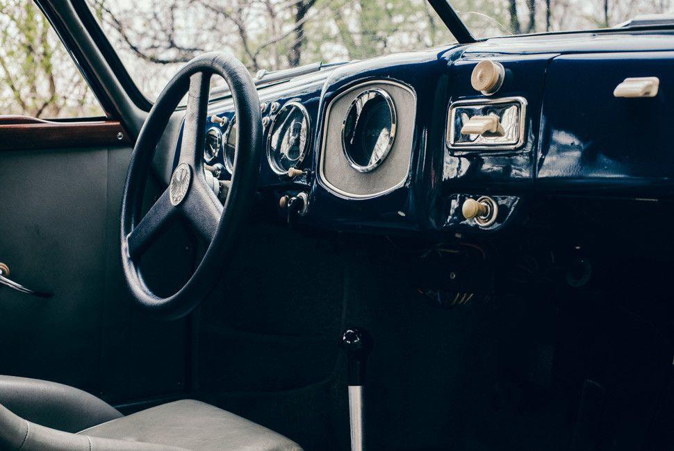 Emory-Porsche-Drive-Gear-Patrol-Slide-12