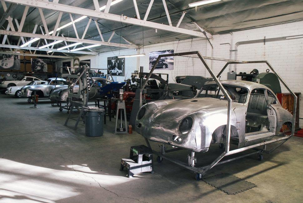 Emory-Porsche-Gear-Patrol-Slide-2-3