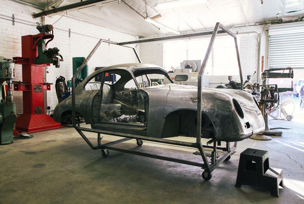 Emory-Porsche-Gear-Patrol-Slide-3-3