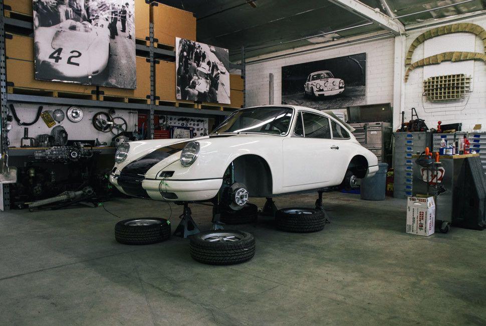 Emory-Porsche-Gear-Patrol-Slide-8-3