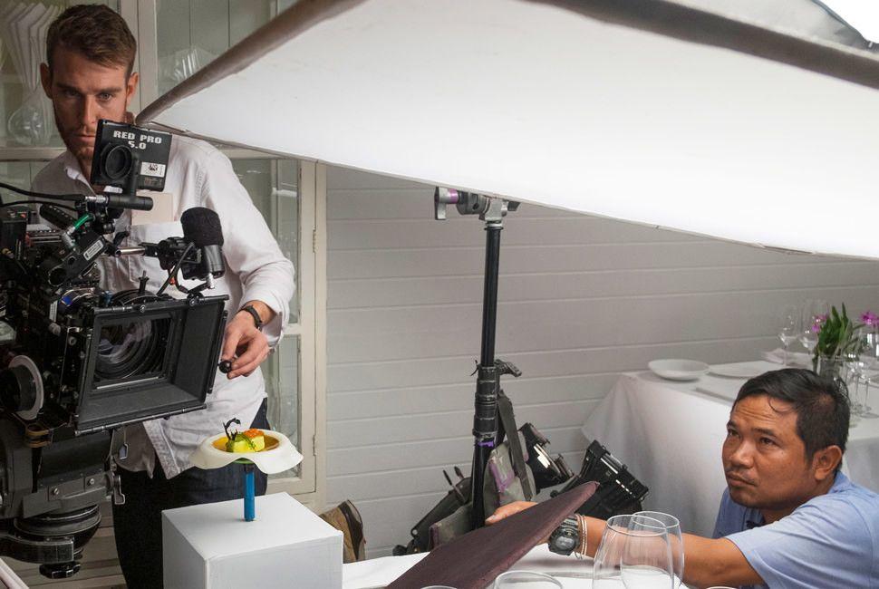Gear-Patrol-Chefs-Table-Cinematographers-Slide-1