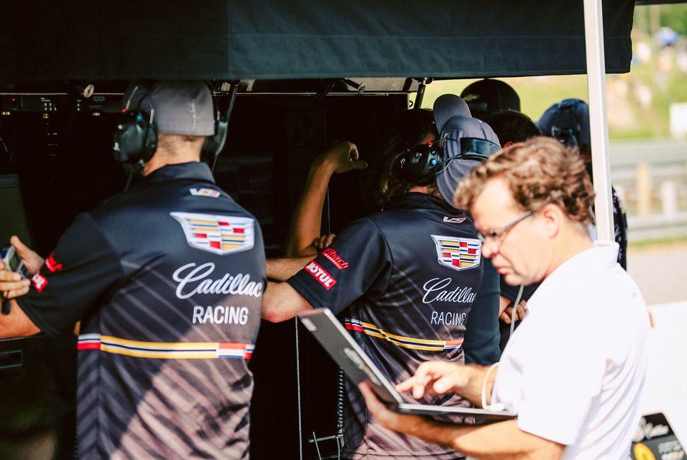 Pirelli-World-Challenge-Gear-Patrol-Slide-20