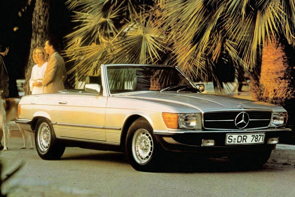 Vintage-Roadster-Gear-Patrol-Mercedes-SL