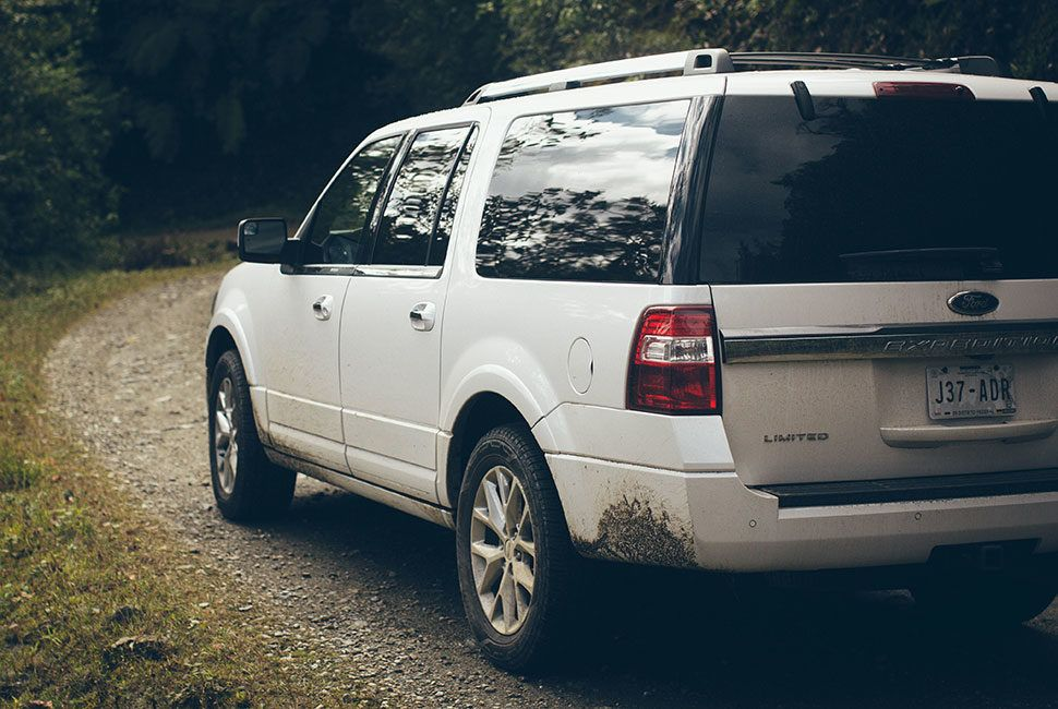 ford-expedition-gear-patrol-slide-1