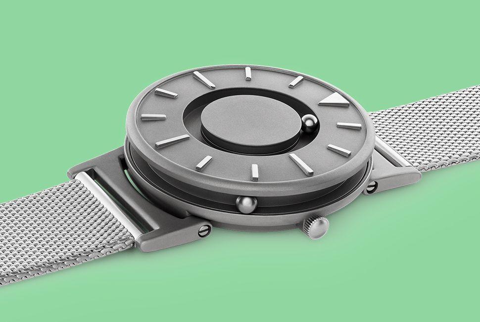 gear-patrol-kickstarter-watches-bradley-lead-full