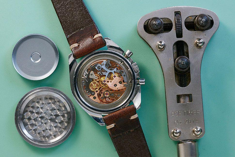 vintage-watch-care-gear-patrol-slide-2