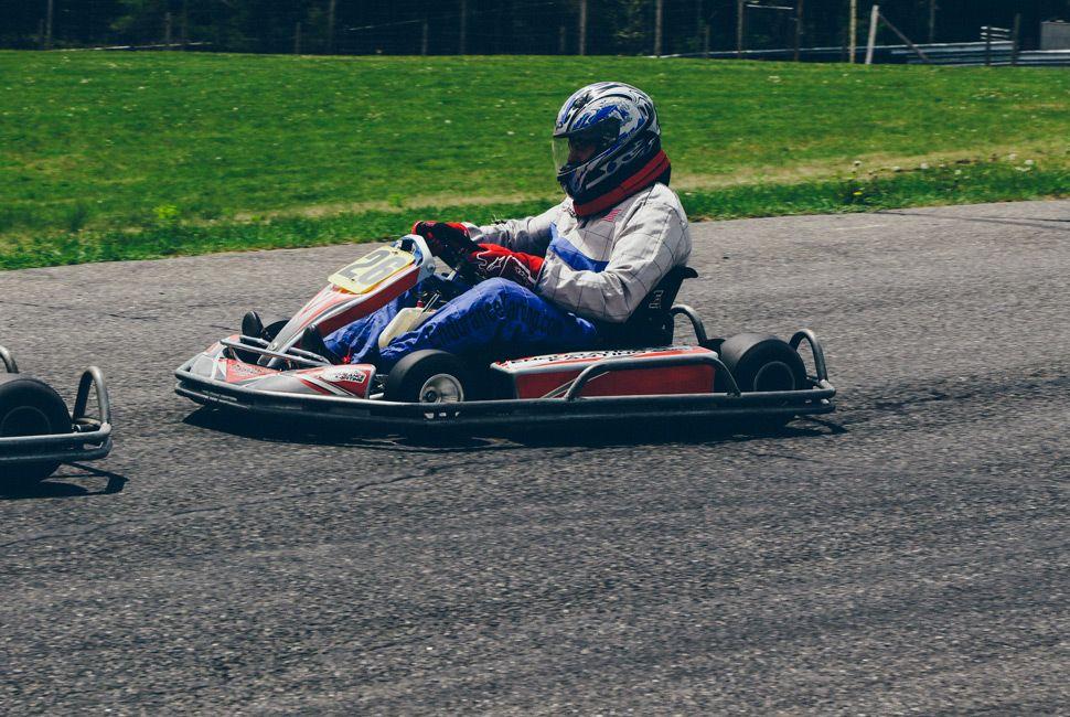 Edurance-Karting-Gear-Patrol-Ambiance-8