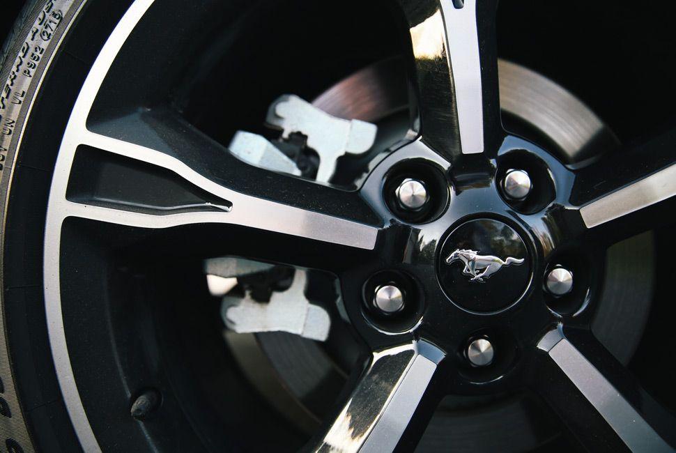 Mustang-GT-Gear-Patrol-Slide-5