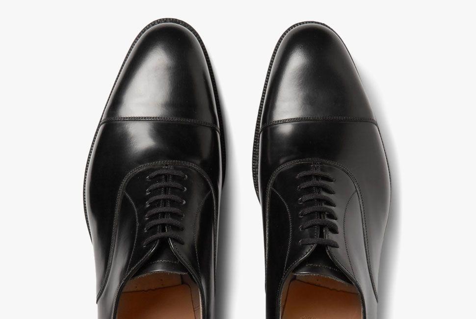dress-shoes-oxford-gear-patrol-2-lead
