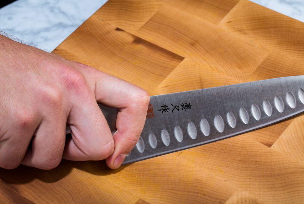 Knife-Skills-The-Grip-Gear-Patrol-2
