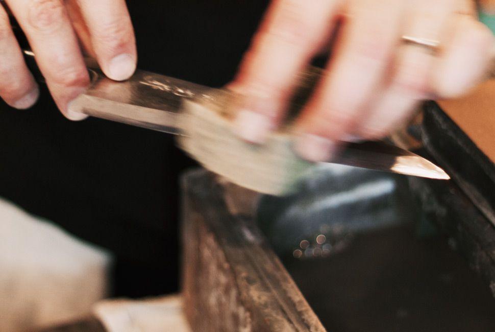 how-to-sharpen-a-knife-slide-3