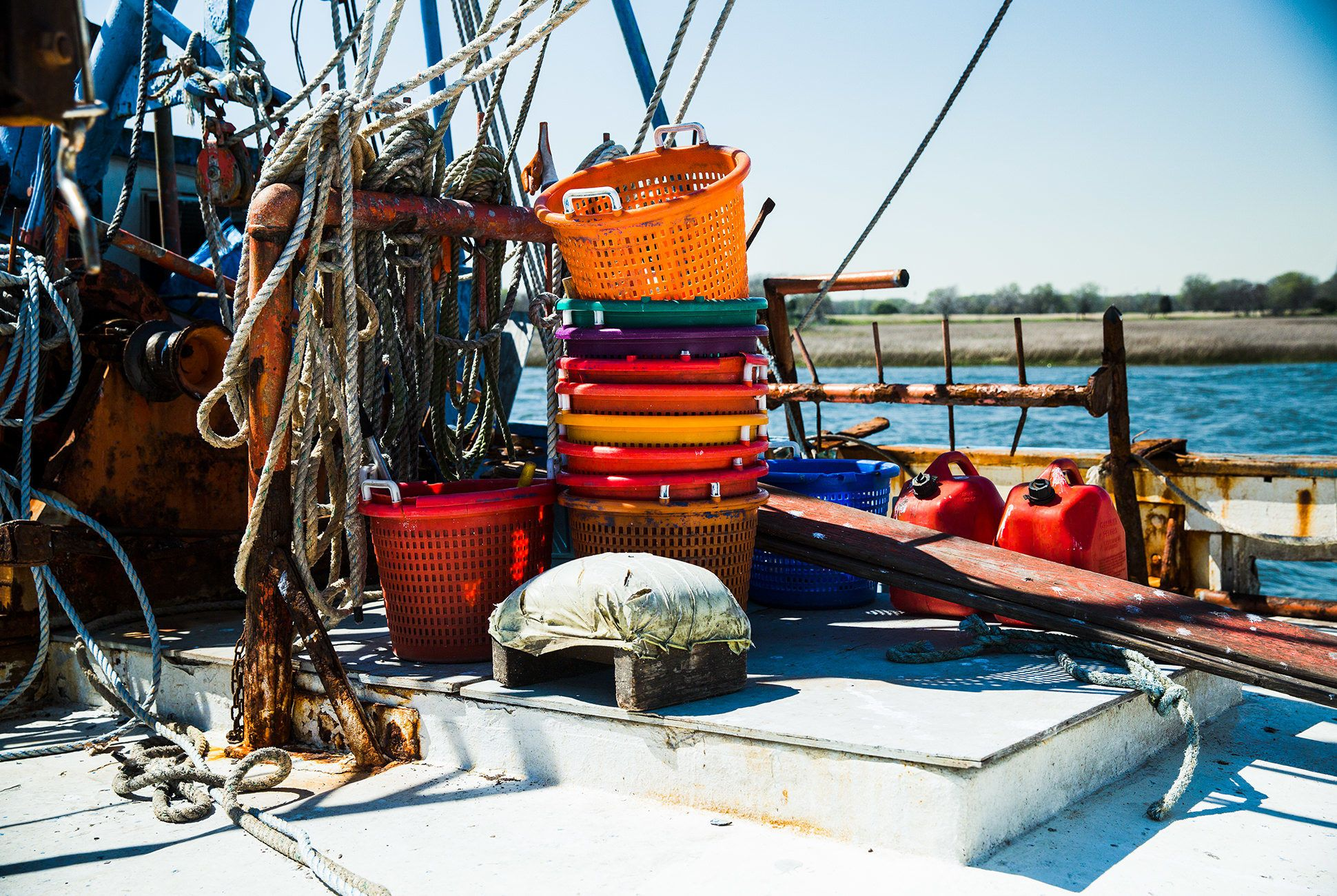 Charleston-Seafood-Gear-Patrol-Purveyors-13